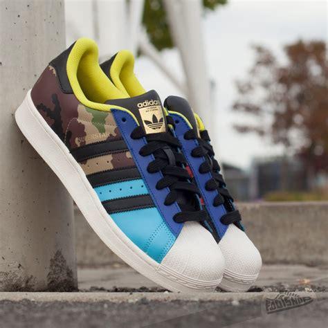 Adidas Superstar Foundation Pack Gold Logo White Black adidas superstar oddity pack bright cyan black gold met footshop