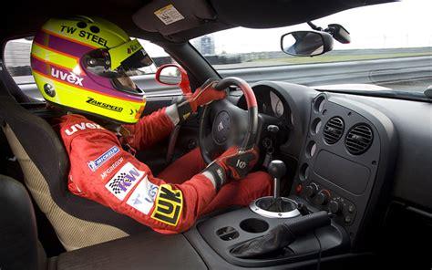 Viper Acr Interior by 2009 Dodge Viper Acr Sets Nurburgring Record Auto