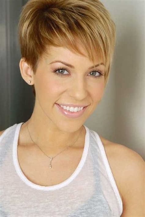 pixie bob for oblong face short medium hairstyles that perfect for oval faces
