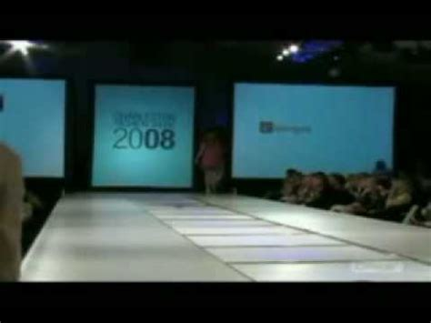 funny news reader cannot stop laughing at model falling dumb model falls down catwalk rofl youtube