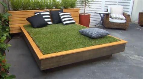 how to build a day bed how to build a grass day bed neatorama