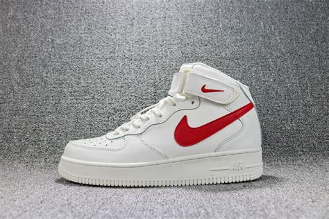 Nike One Unisex A cheap 2018 new unisex nike air one high top sneakers