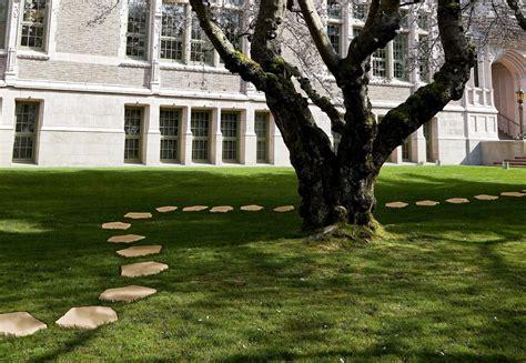 camminatoio giardino origine pietrapavimenti in pietra ricostruita origine pietra