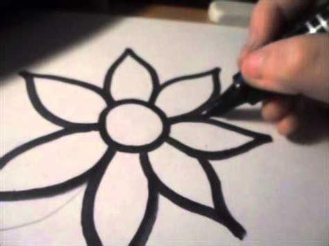 come si disegnano i fiori come disegnare un fiore quot speciale quot