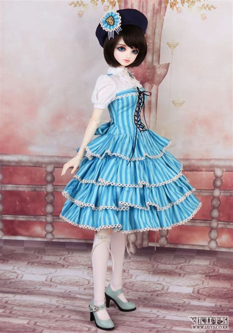 jointed doll companies 17 best images about doll on shopping mall