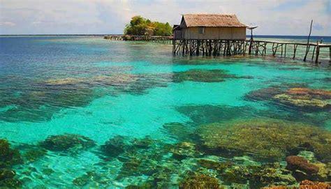 menikmati keindahan pulau kadidiri   perawan
