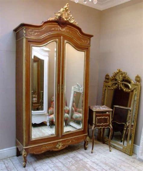 armadi antichi 800 arredare casa con mobili antichi foto design mag