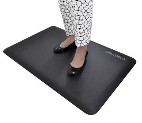Best Anti Fatigue Mat For Standing by Ergotron Workfit Anti Fatigue Floor Mat Welnis