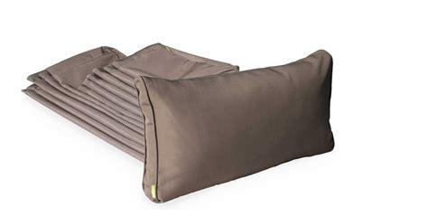 coussin pour canapé de jardin jeu de housses de coussins pour salon de jardin napoli