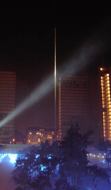 bibliotheque suspendue 2006 le de doris nuit blanche le stade carpentier et la bnf