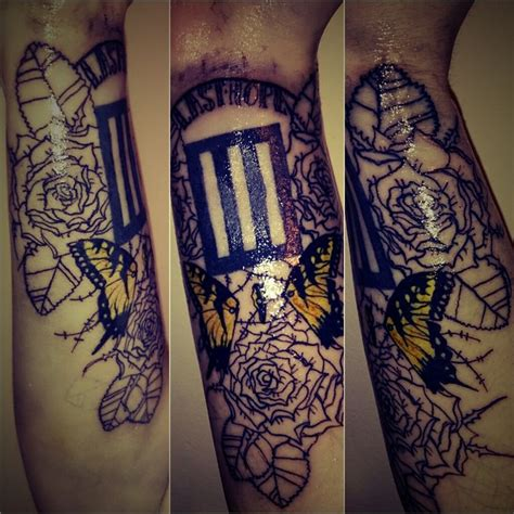 paramore tattoo 17 best images about paramore tattoos on pop