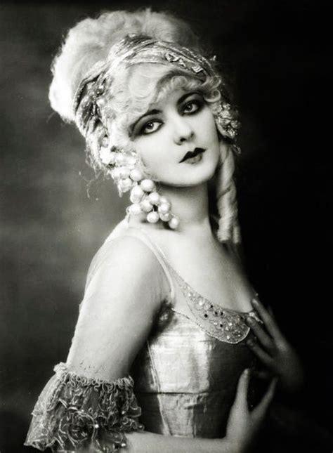 twenties girl written by b00slug000 ziegfeld marion benda 1920 s strippers showgirls sirens stars ziegfeld