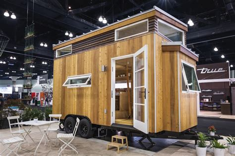 pod tiny house sol pod tiny house swoon