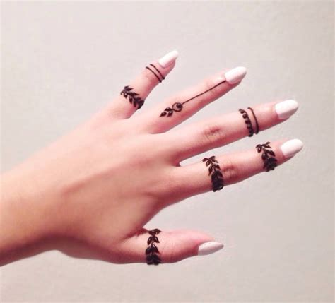 easy henna tattoo designs for fingers 42 simple fingers tattoos