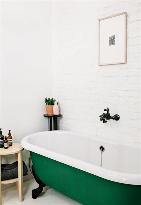 clawfoot tub bathroom designs pictures to pin on pinterest green clawfoot tub interior design pinterest tubs