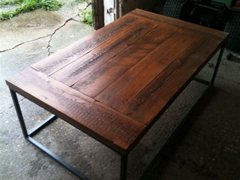 how to finish a table top with polyurethane finish for barnwood table top