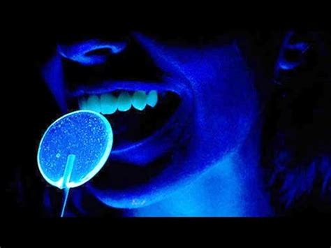 Do You Like To Lights by How Black Lights Work In 60 Seconds