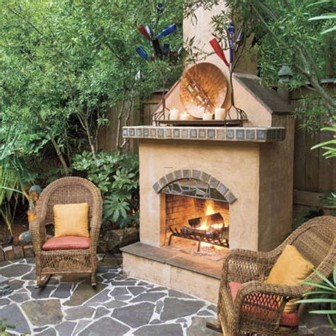 small backyard fireplace 17 best images about yard on pinterest front yards