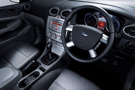 2009 Ford Focus Interior by 2009 Ford Focus Review Photos Caradvice