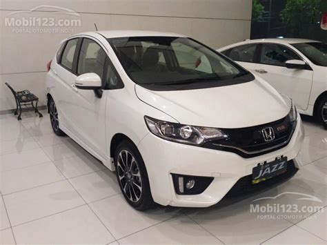 Breketkerangka Sepion Mobil Honda Jazz Rs jual mobil honda jazz 2017 rs 1 5 di dki jakarta automatic hatchback putih rp 268 000 000
