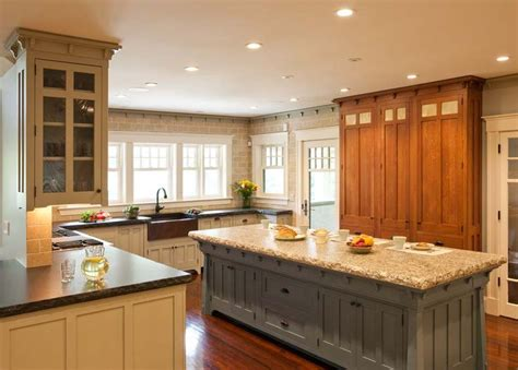 arts and crafts style kitchen cabinets 25 great ideas about craftsman style kitchens on pinterest