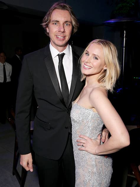 kristen bell husband kristen bell shows 2013 wedding photos with dax shepard
