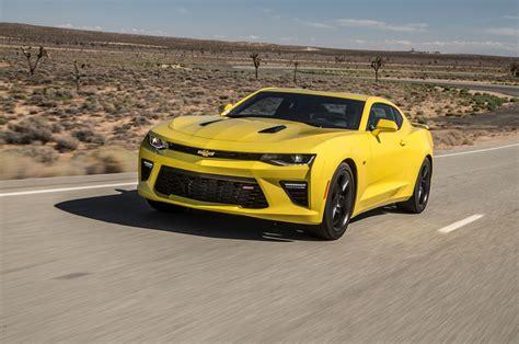Mustang Gt Vs Camaro Ss by 2016 Chevrolet Camaro Ss Vs 2016 Ford Mustang Gt 2