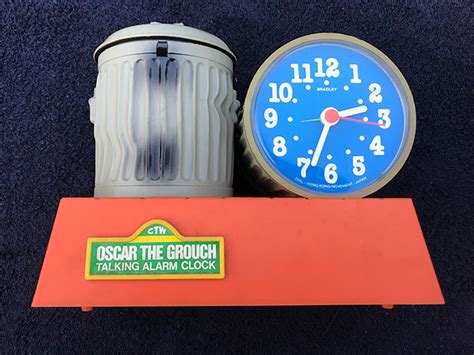 wind up sesame oscar grouch bradley talking alarm clock goedenoldies