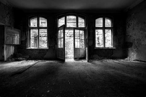inside house wallpaper leyenda urbana la casa embrujada leyendas de terror