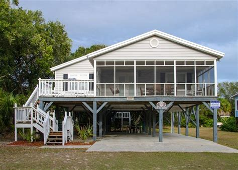 Sand Quarters Edisto Beach Rentals Atwood Vacations Houses For Rent In Edisto Sc
