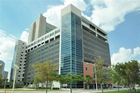 South End Parking Garage by Miami Foundation Picks Garage Offices Miami Today