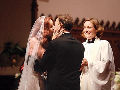 marcia cross tom mahoney wedding marcia cross wedding pics oh no they didn t