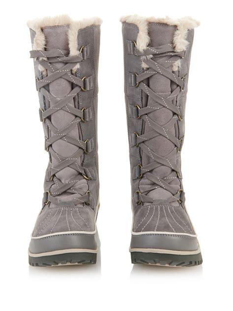 sorel tivoli ii suede snow boots in gray lyst