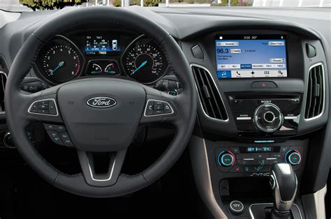 Ford Focus Interior by 2017 Ford Focus Reviews And Rating Motor Trend