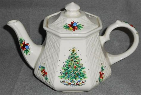 christmas teapots made in england salem lattice teapot sadler ebay