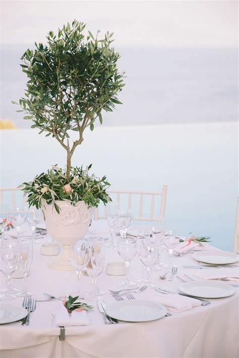 25  best ideas about Tree Centerpieces on Pinterest   Tree