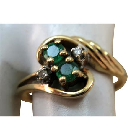 vintage two emerald yellow gold 10k ring size 5 1