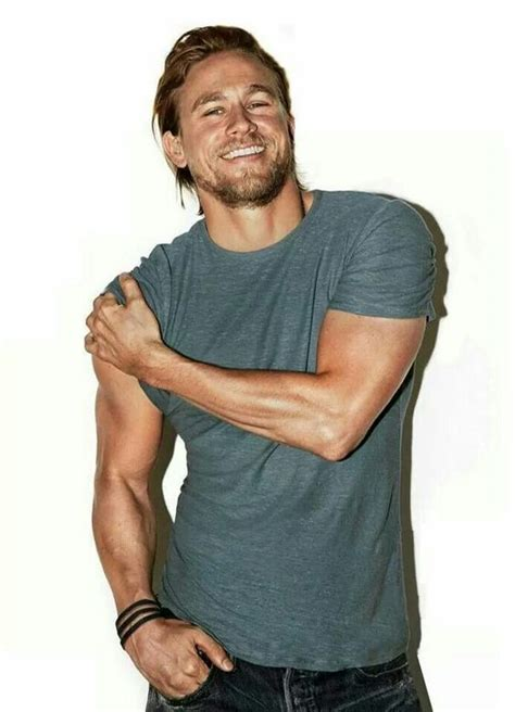 charlie hunnam jax teller sons of anarchy pinterest 23 of the sexiest charlie hunnam pictures out there he
