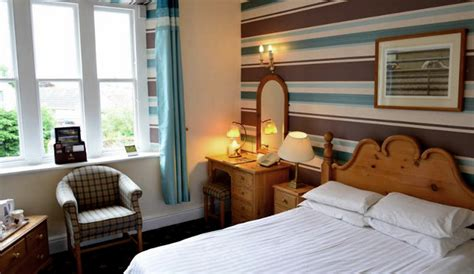 dog friendly country house hotels dog friendly ennerdale country house hotel petspyjamas