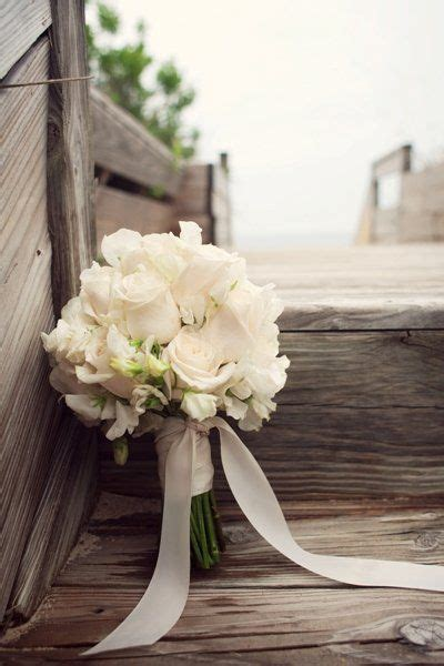 Wedding Things by Best 25 Ivory Bouquet Ideas On White