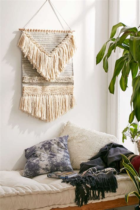 wall hangings  modern style
