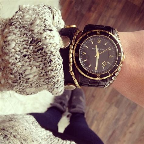 michael kors s mk5173 black and gold 3