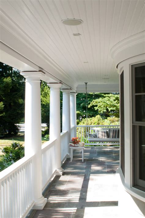 elegant porch swing vogue  york victorian porch