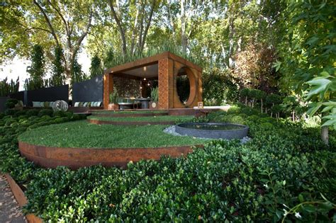 gold award winning garden from the melbourne international