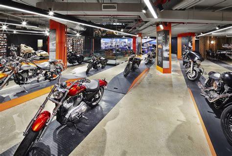Harley Davidson Nyc Store by Jpda Parnass Digital Architecture