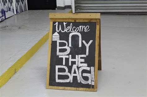 buy the bag housing works tips for shopping housing works buy the bag in brooklyn looking fly on a dime