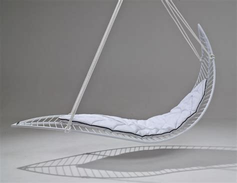 leaf chair swing leaf swinging chair to relax the best way possible digsdigs