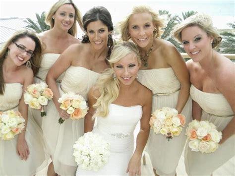 Hochzeitsfrisuren Strand by Bridesmaid Hairstyles For The Theme Wedding