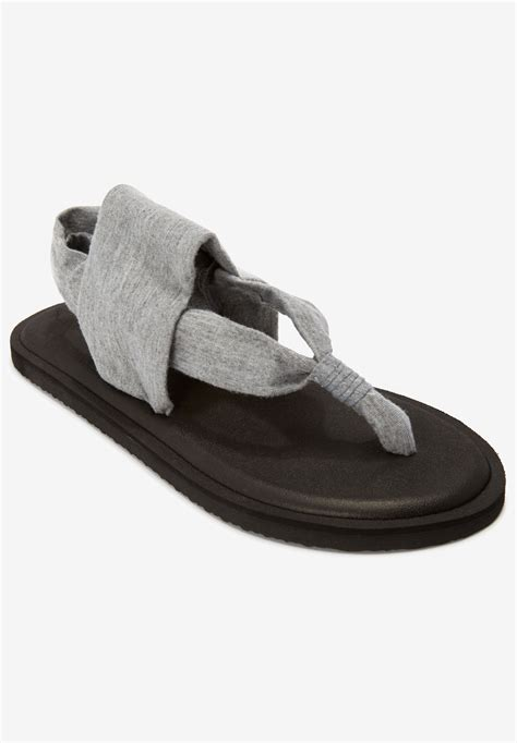 the leni sandal by comfortview 174 plus size casual sandals roaman s