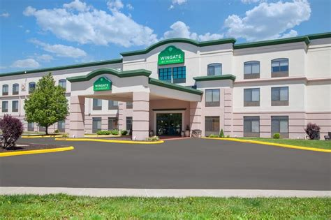 boarding columbia mo wingate by wyndham columbia pet policy